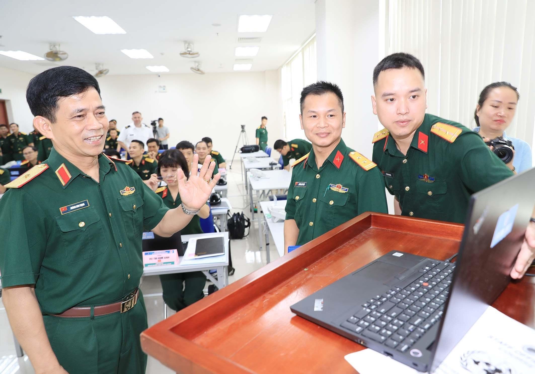 组图:联合国参谋业务培训班正式开幕 hinh anh 5