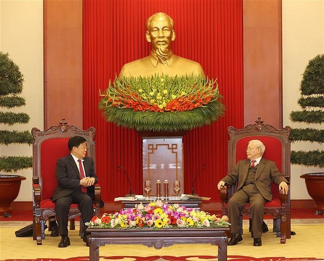 越共中央总书记、国家主席阮富仲会见中国国务委员、公安部部长赵克志 hinh anh 1