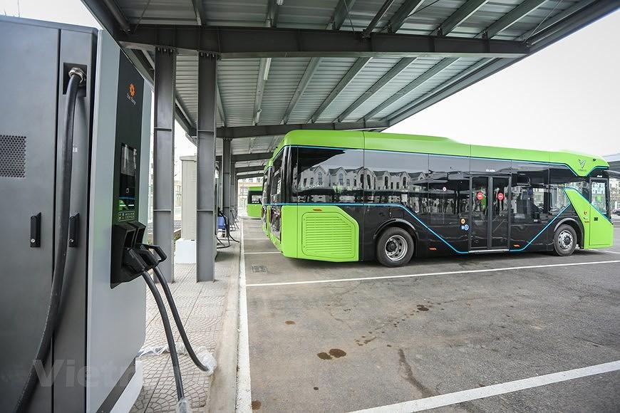 组图:VinBus开发的越南首个智能电动公交车投入运营 hinh anh 3