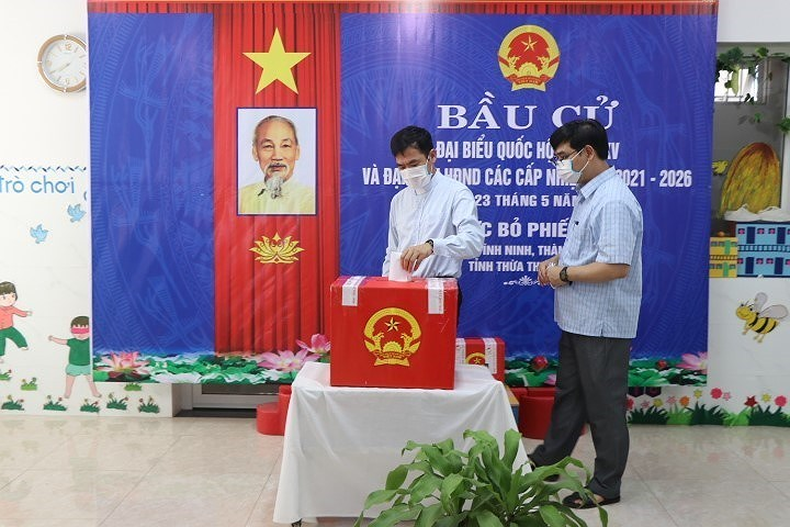 Voters nationwide cast ballots hinh anh 14