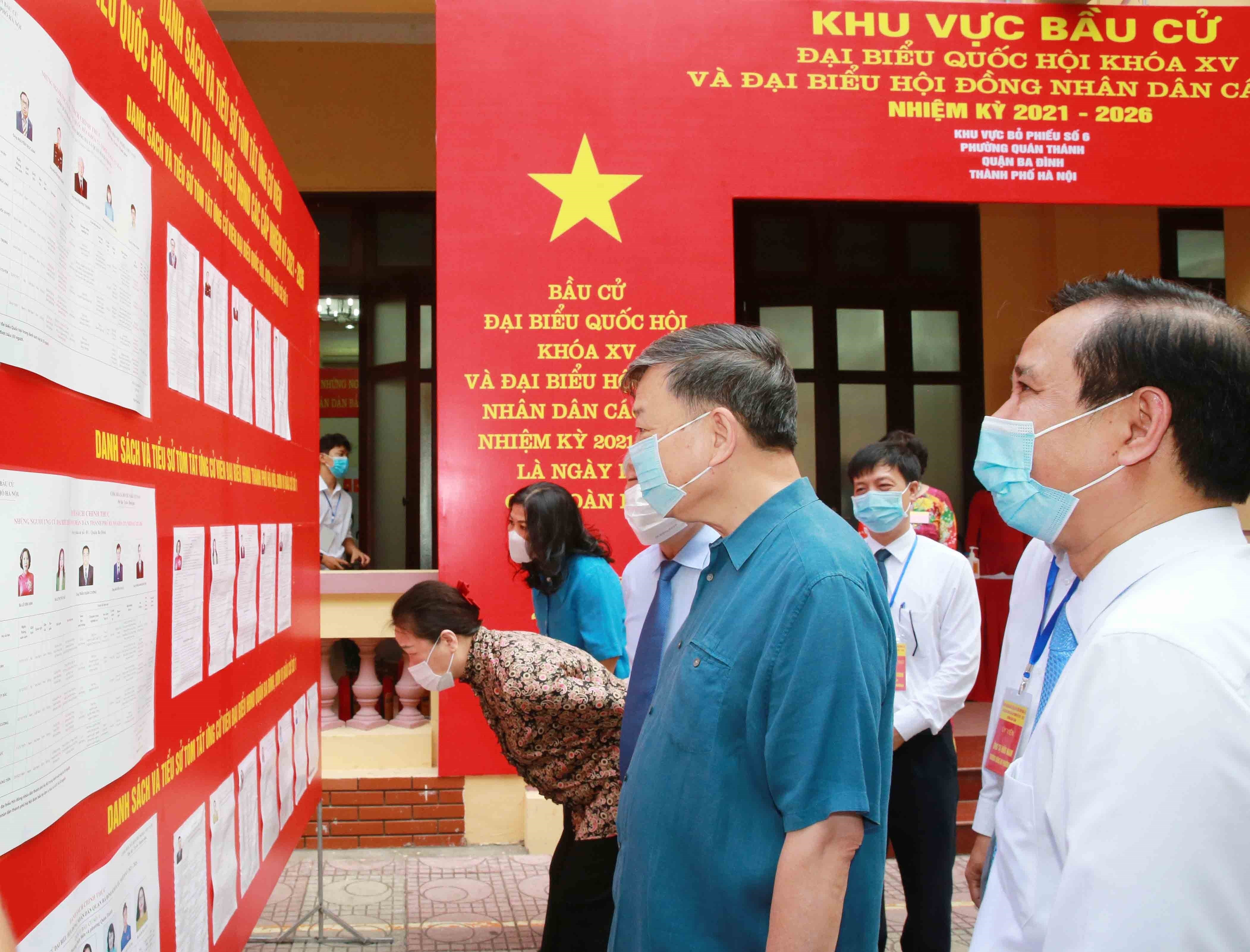 Voters nationwide cast ballots hinh anh 7