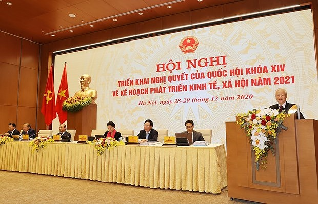 Vietnam among 10 nations with highest GDP growth in 2020: Top leader hinh anh 2