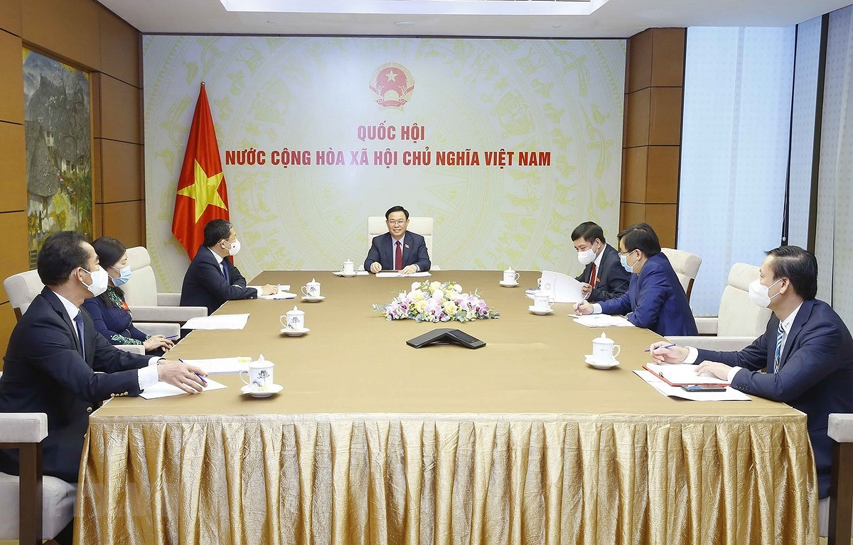 Russia considers transferring vaccine production technology to Vietnam hinh anh 1