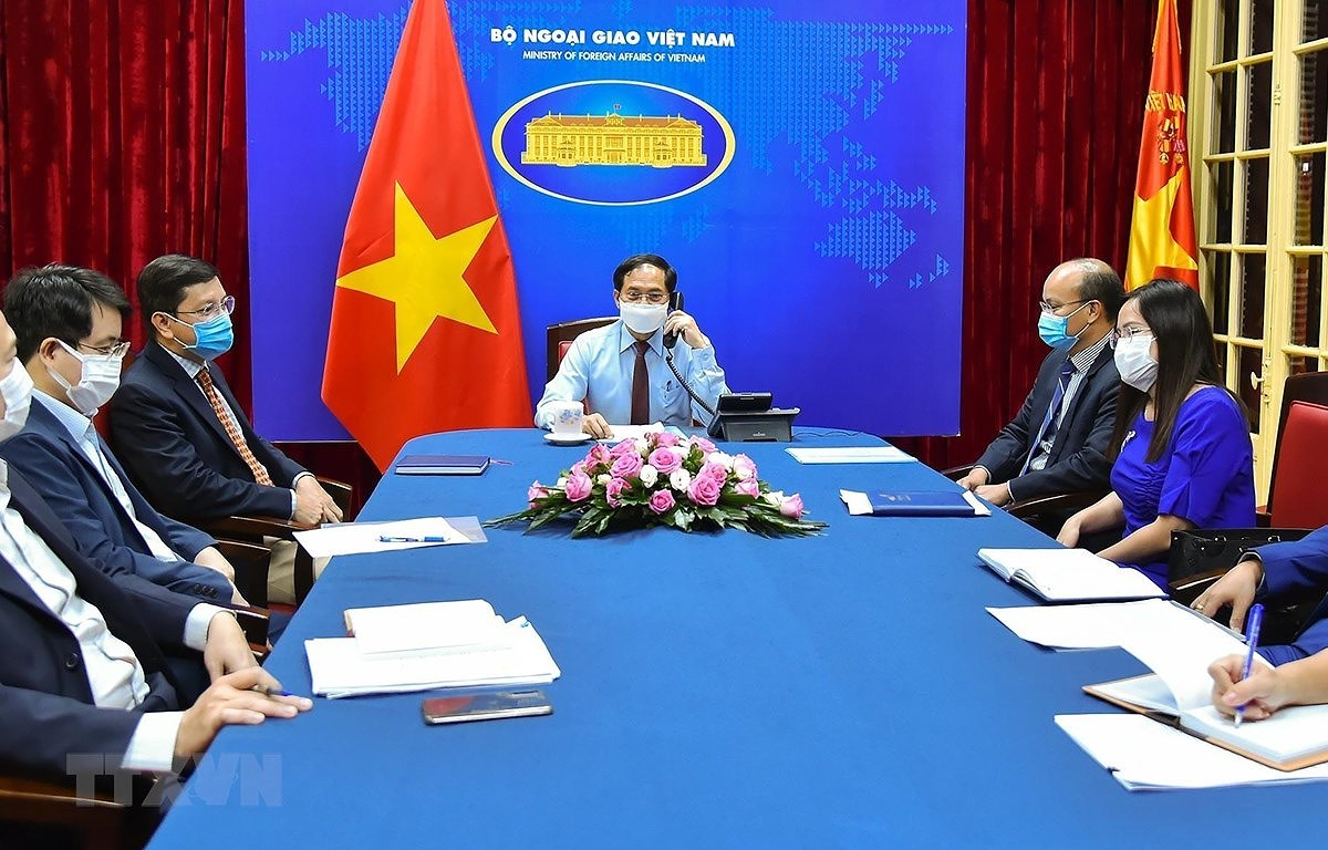 Vietnam, Canada agree to expand cooperation in various spheres hinh anh 2