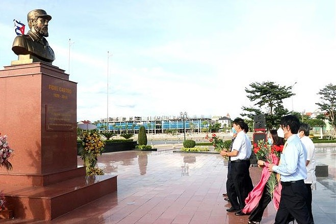 Cuban leader's 95th birth anniversary marked in Quang Tri hinh anh 1