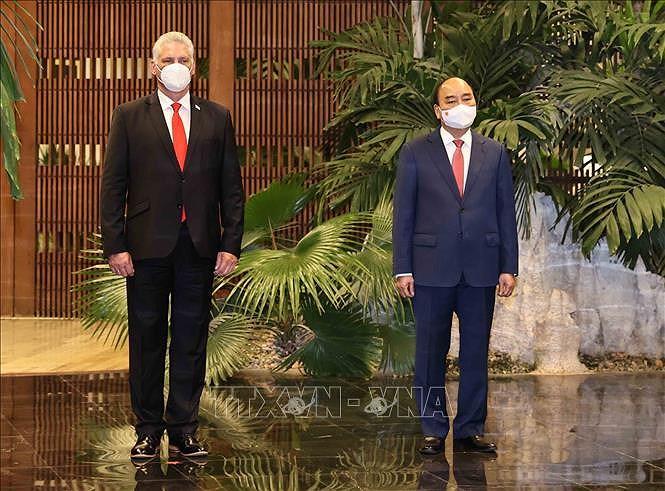 Cuban media spotlight President Nguyen Xuan Phuc's visit hinh anh 1