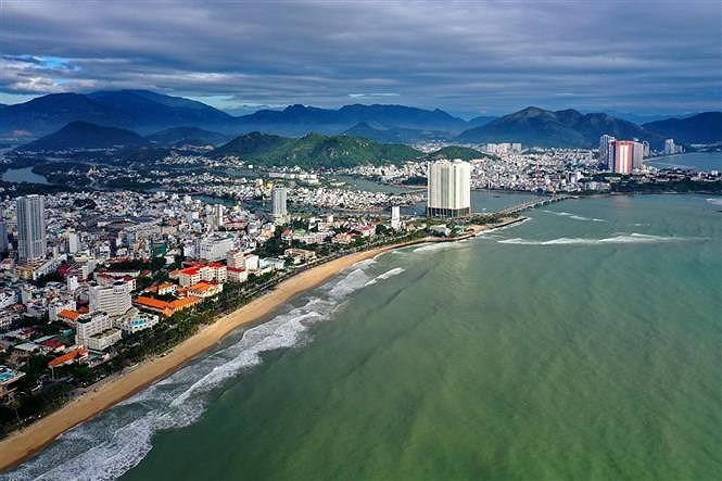 Nha Trang - beautiful coastal city hinh anh 1