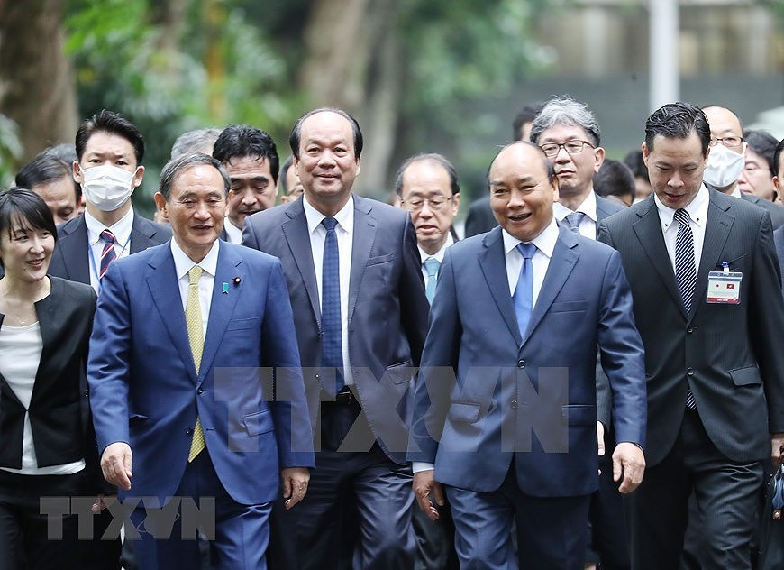 Party, State leader receives Japanese Prime Minister hinh anh 7