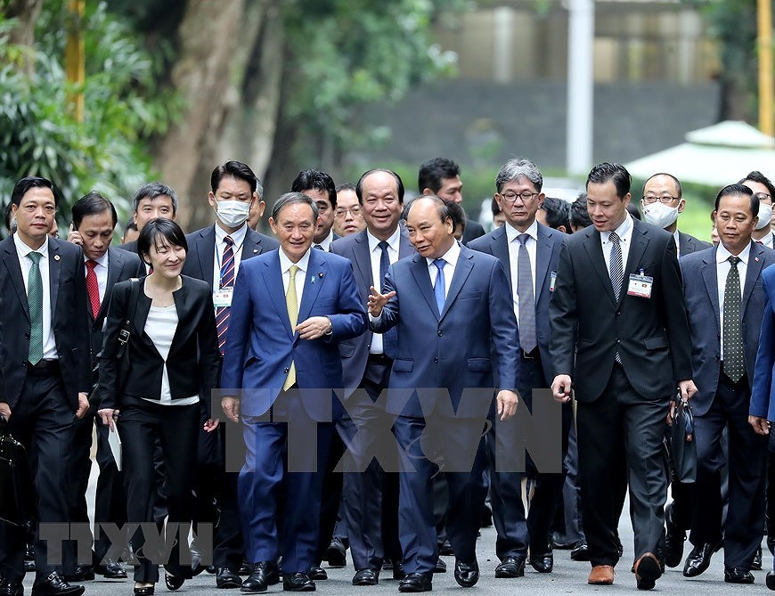 Party, State leader receives Japanese Prime Minister hinh anh 8