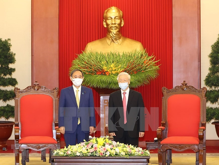 Party, State leader receives Japanese Prime Minister hinh anh 3
