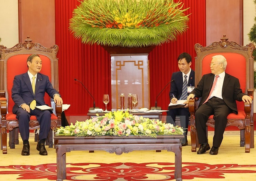 Party, State leader receives Japanese Prime Minister hinh anh 4