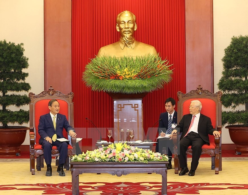Party, State leader receives Japanese Prime Minister hinh anh 5
