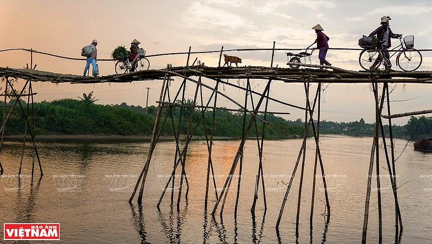 Vida cotidiana de Vietnam en fotografias hinh anh 2