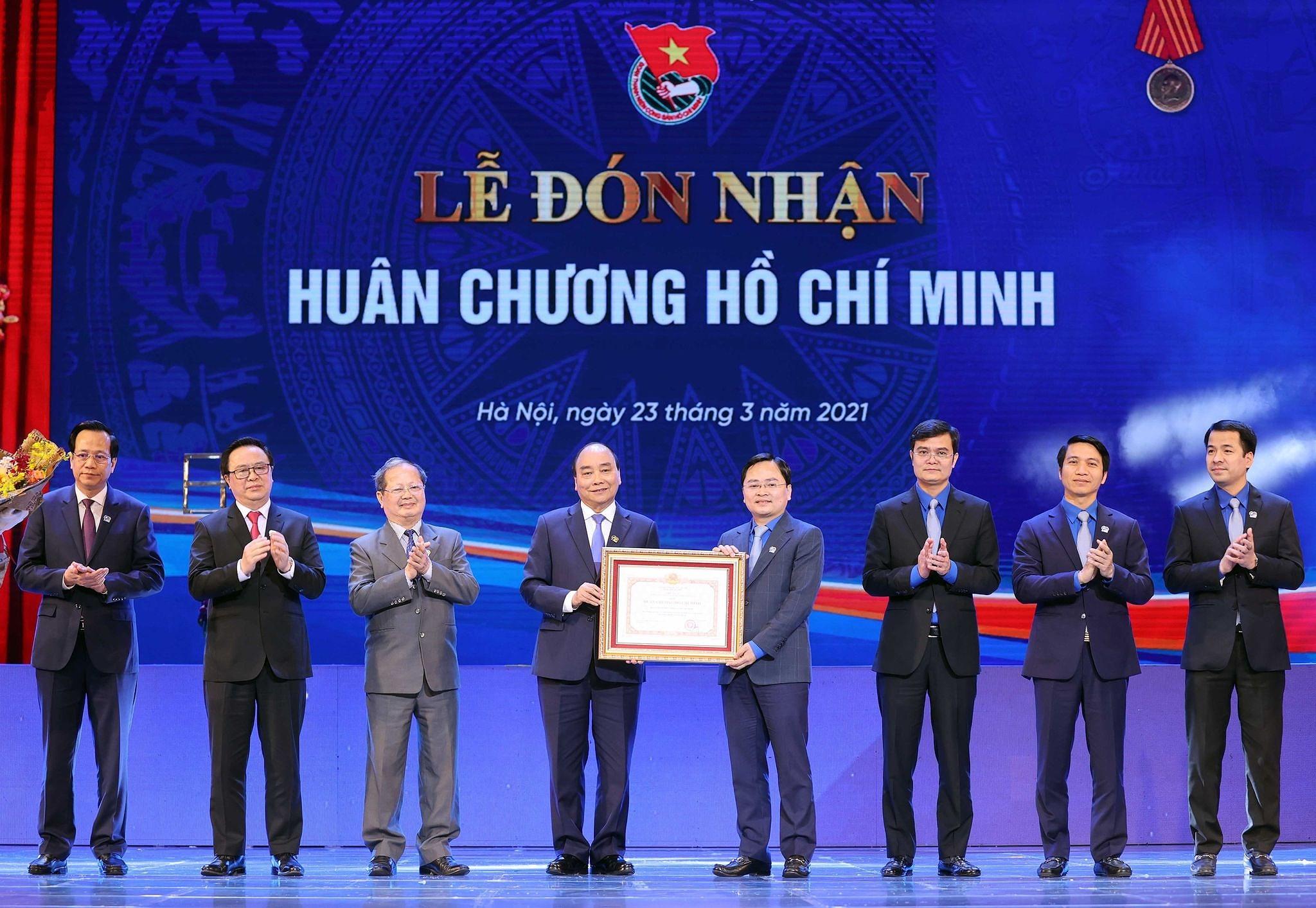 Ceremonia por el aniversario 90 de Union de Jovenes Comunistas Ho Chi Minh hinh anh 3