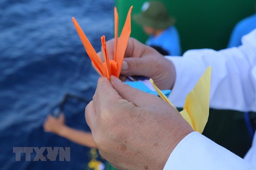 Rinden homenaje a martires vietnamitas caidos en archipielago Truong Sa hinh anh 4