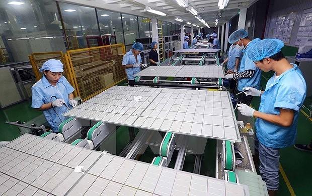 Produccion industrial de Vietnam crece mas de 24 por ciento en abril hinh anh 1