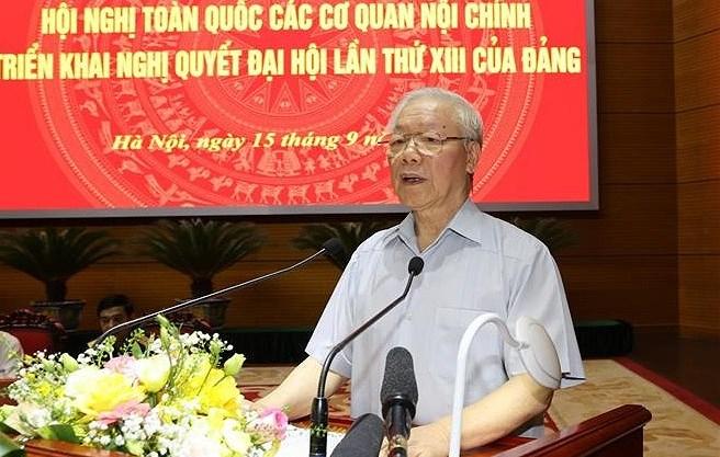 Exigen promover papel central de agencias de asuntos internos de Vietnam hinh anh 1