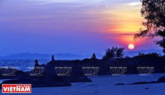 Mar y cielo de la isla vietnamita de Co To hinh anh 6