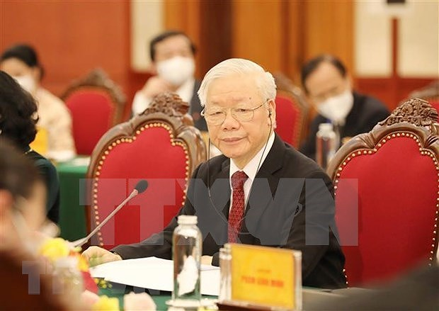 Un professeur allemand apprecie l'article du leader du PCV sur le socialisme au Vietnam hinh anh 1