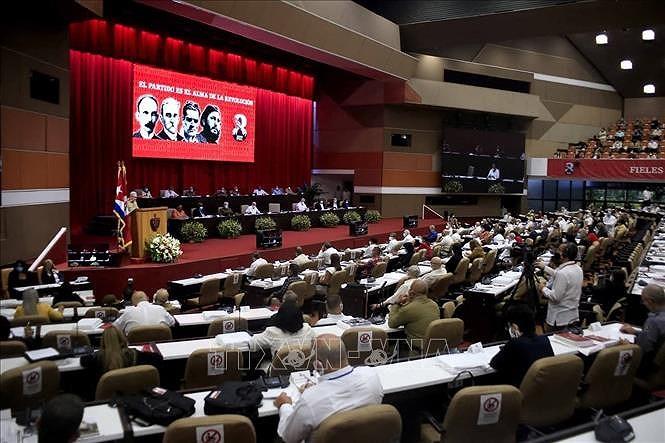 Le SG Nguyen Phu Trong reaffirme la volonte de renforcer l'amitie avec Cuba hinh anh 1