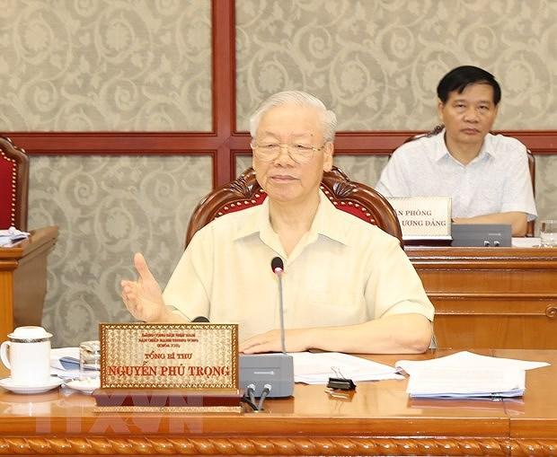 Le Bureau politique travaille sur la situation socio-economique hinh anh 1